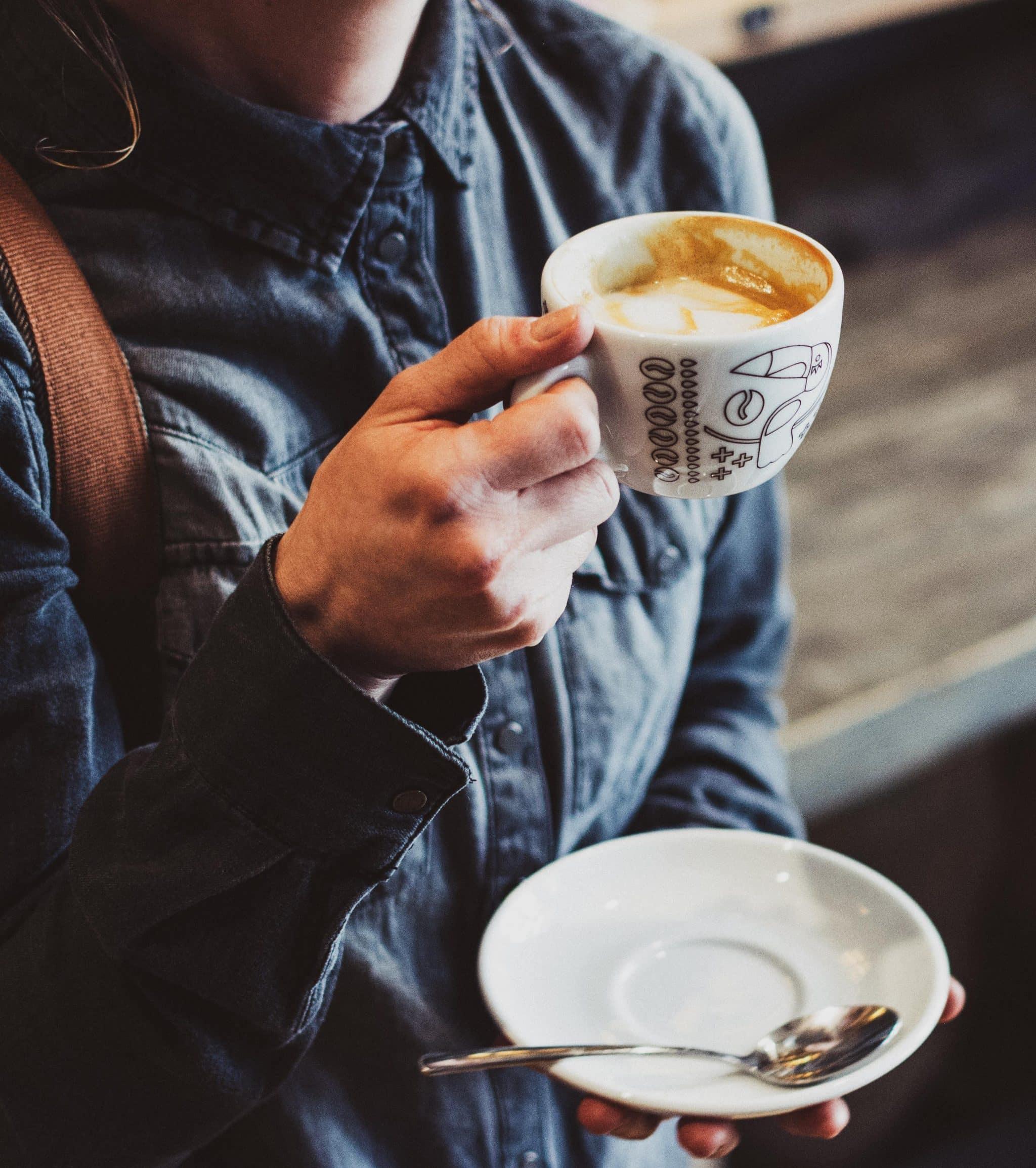 Popup Recruiting Cafe Kaffeetasse Mädchen
