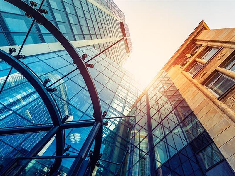 Teaserbild Markenentwicklung für Frankfurter Finanzunternehmen, Corporate Design, Logo, Webdesign, Programmierung, Social-Media, Werbung